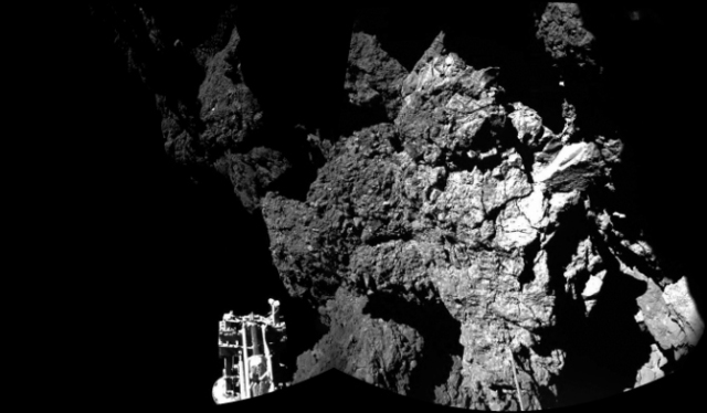 philae_first_image_comet_surface